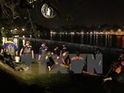 [Video] Realizan limpieza de lago Hoan Kiem en Hanoi