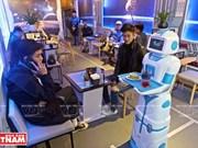 [Fotos] Robotcafe, cafetería con robot mesero en Hanoi