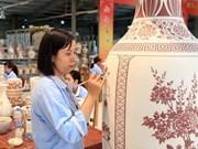 [Fotos] Cerámica de Chu Dau: combinación de lo tradicional y lo moderno