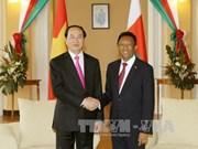 Presidente de Vietnam dialoga con su homólogo de Madagascar