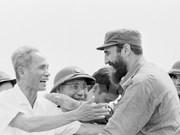 Fidel Castro, bandera de vanguardia en movimiento solitario con Vietnam