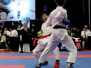 Brillan atletas karatecas vietnamitas en campeonato juvenil de Asia