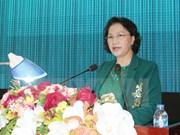 Presidenta de Parlamento dialoga con votantes de zona militar 9