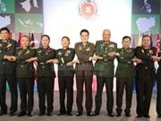 Vietnam asiste a reunión de comandantes del ejército de ASEAN en Filipinas