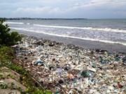 Binh Thuan se esfuerza por resolver problema de residuos en zonas costeras