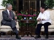Presidente filipino Duterte visita Singapur