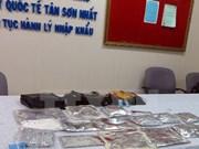 Detienen a pasajera extranjera con cocaína en aeropuerto vietnamita