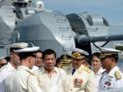 Presidente de Filipinas visita buque de guerra ruso
