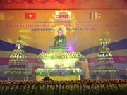 Llega a Soc Trang estatua de Buda de jade más grande del mundo