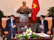 Vicepremier vietnamita promete mejores condiciones para empresas españolas