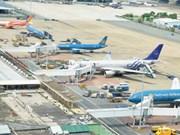 Impulsan cooperación entre autoridades aeroportuarias de Vietnam y Francia