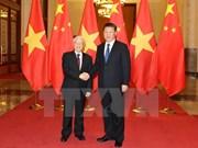 Vietnam y China firman 15 acuerdos de cooperación en diversas áreas