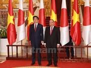 Prensa japonesa destaca la visita a Vietnam del premier Shinzo Abe
