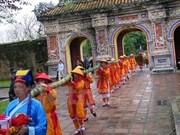 Celebran rito milenario en ocasión del Tet en ciudadela imperial de Hue