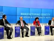 Premier de Vietnam concluye su participación en FEM 2017 con resultados importantes