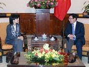 Vicepremier de Vietnam exhorta a mayores esfuerzos por promover nexos con Canadá