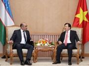 Vietnam dispuesto a compartir experiencias de desarrollo con Uzbekistán