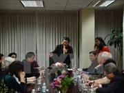 Vicepresidenta del parlamento de Vietnam se reúne con compatriotas en Nueva York