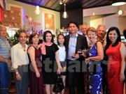 Celebran vietnamitas en Nueva Zelanda llegada de primavera