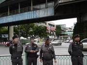 Policía tailandesa asedia templo de secta budista