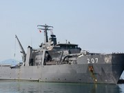 Buque de Armada singapurense visita Vietnam