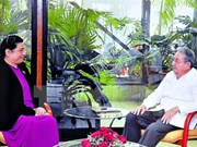 Recibe presidente cubano a dirigente parlamentaria de Vietnam