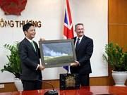 Reino Unido aspira a impulsar nexos comerciales con Vietnam