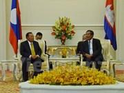 Camboya y Laos prometen fortalecer cooperación