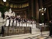 Coro vietnamita deleita a público en Festival Internacional en París
