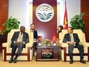 Vietnam y Angola cooperan en sector de telecomunicaciones
