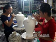 Artesanos de Phu Lang fieles a la alfarería tradicional vietnamita