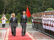 Premier singapurense concluye visita a Vietnam