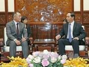 Presidente de Vietnam pide a grupo Hyundai Motor ampliar sus negocios en el país