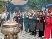 Presidente de Vietnam rinde tributo a reyes Hung en Phu Tho