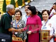 Vietnam adopta políticas a favor de personas con méritos revolucionarios