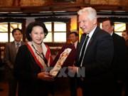 Vietnam y Hungría fortalecen nexos de amistad tradicional