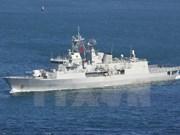 Buque de Armada Real Neozelandesa atraca en puerto de Da Nang