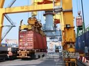 Empresas vietnamitas firman acuerdo para desarrollo de puertos secos