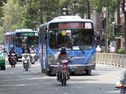 Ciudad Ho Chi Minh amplía operación de buses que utilizan gas natural comprimido