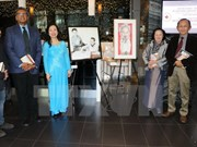 Presentan en Toronto libros y cuadros sobre Ho Chi Minh