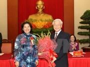 Vietnam honra a colectivos e individuos con aportes relevantes al proceso de Renovación
