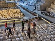 Filipinas pide al sector privado importar arroz barato