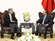 Primer ministro de Vietnam da la bienvenida a Siemens