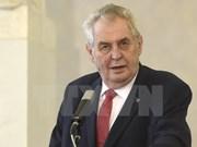 Presidente checo inicia visita estatal a Vietnam