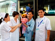 Salen de hospital pacientes de incidente médico de Hoa Binh