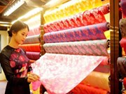 Festival de Seda y Brocado Vietnam- Asia honra cultura tradicional