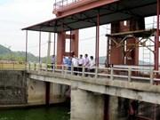 Debaten medidas para reparación urgente de represa en lago Nui Coc en Thai Nguyen