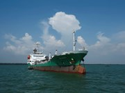 Piratas atacan a buque petrolero tailandés en Malasia