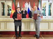VNA y agencia de información rusa Sputnik fortalecen cooperación