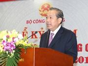 Vicepremier vietnamita pide reforzar la lucha contra el contrabando y fraude comercial